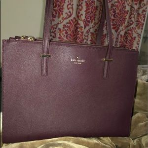 Kate Spade (updated) tote with a lot of space